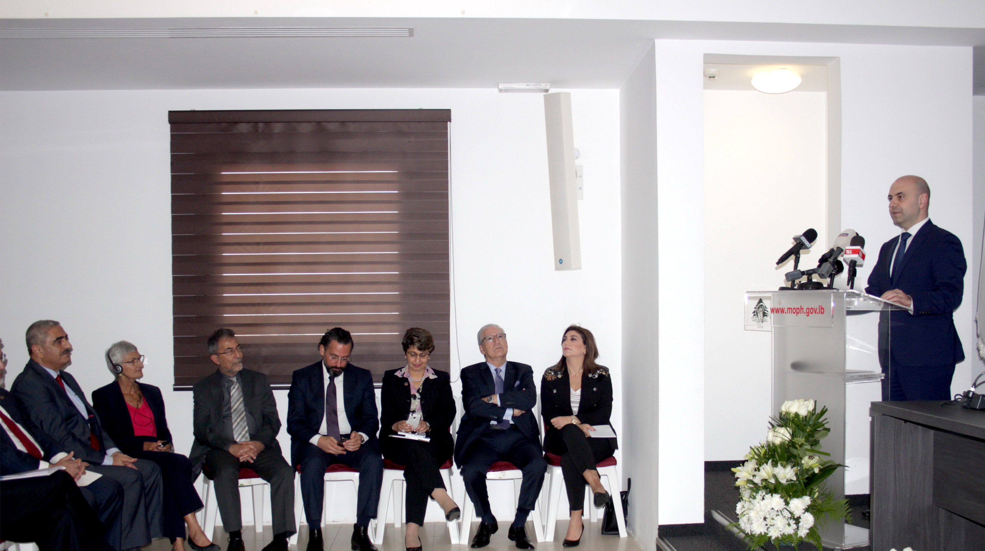 Minister Ghassan Hassbani Inaugurates a Section at the Ministry of Health 2