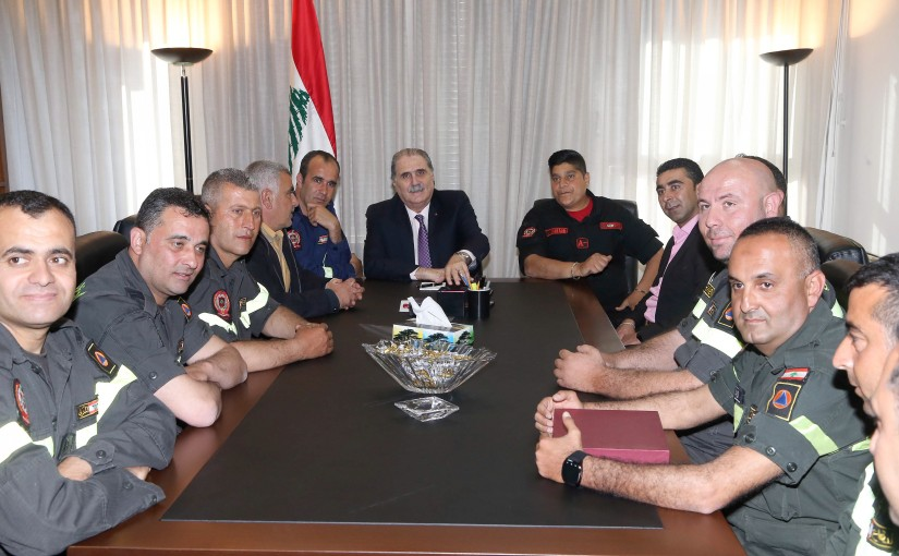 Minister Selim Jraysati meets a Delegation from Civil Defense