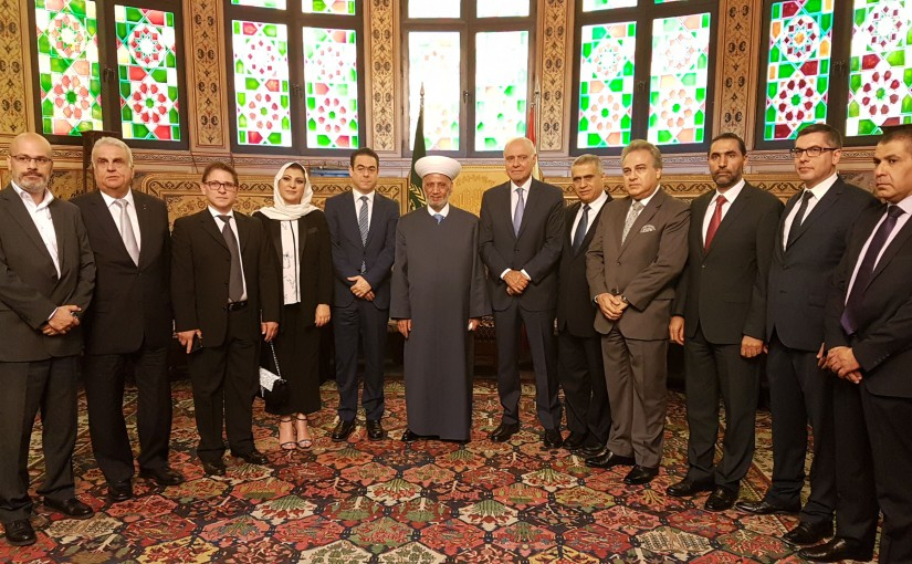 Mufti Abdel Latif Derian Meets a Delegation From The Free Patriotic Movement