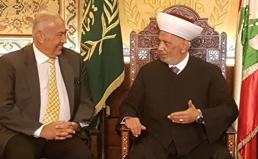 Mufti Abdel Latif Derian meets MP Fouad Makhzoumi