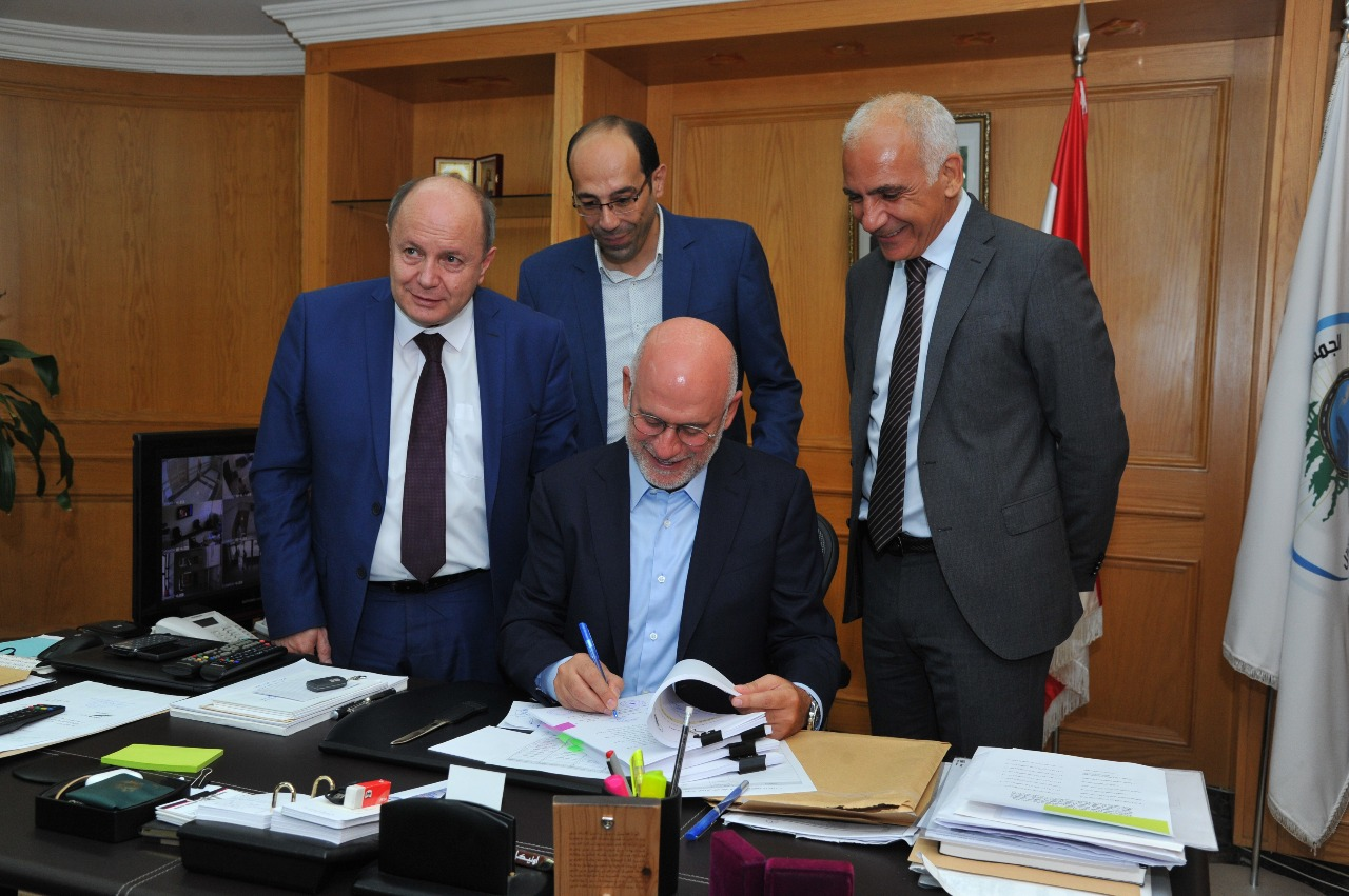 Signed the collective contract for workers and employees of Beirut Port