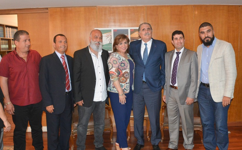 Minister Selim jreisati meets a delegation from the private power generators owners
