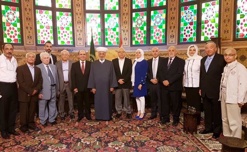 Mufti Abdel Latif Derian Meets a Delegation From Tabara Association