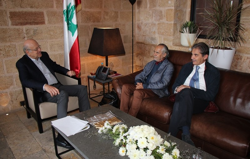 Former Pr Minister Najib Mikati meets a Delegation from Tripoly