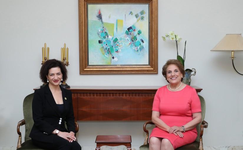 The First Lady Mrs Nadia Aoun meets  Mrs.Anna Hokobyan