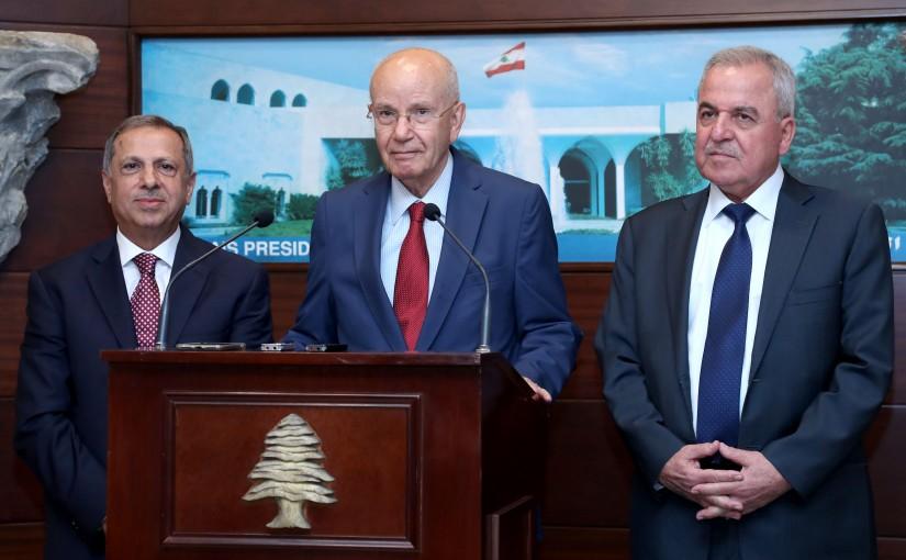 President Michel Aoun meets Deputies of the consultative meeting.