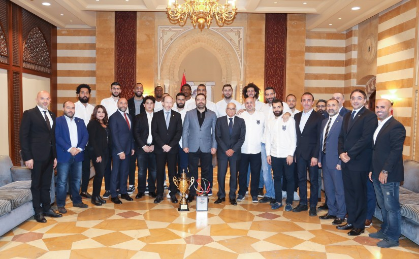 Pr Minister Saad Hariri meets a Delegation from Riyadeh Clud
