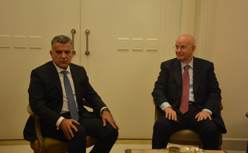 General Ibrahi Abass meets Former Minister Abdel Rahim Mourad with a Delegation