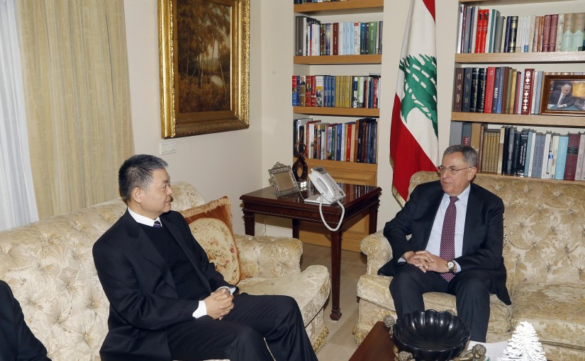 Former Pr Minister Fouad Siniora meets Chinese Ambassador