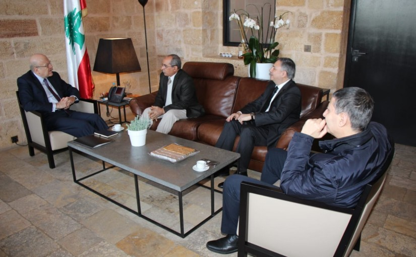 Former Pr Minister Najib Mikati meets a Delegation from Arab Doctors