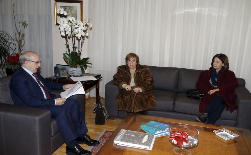 Minister Ghattas Khoury meets Mrs Ikbal Doughan