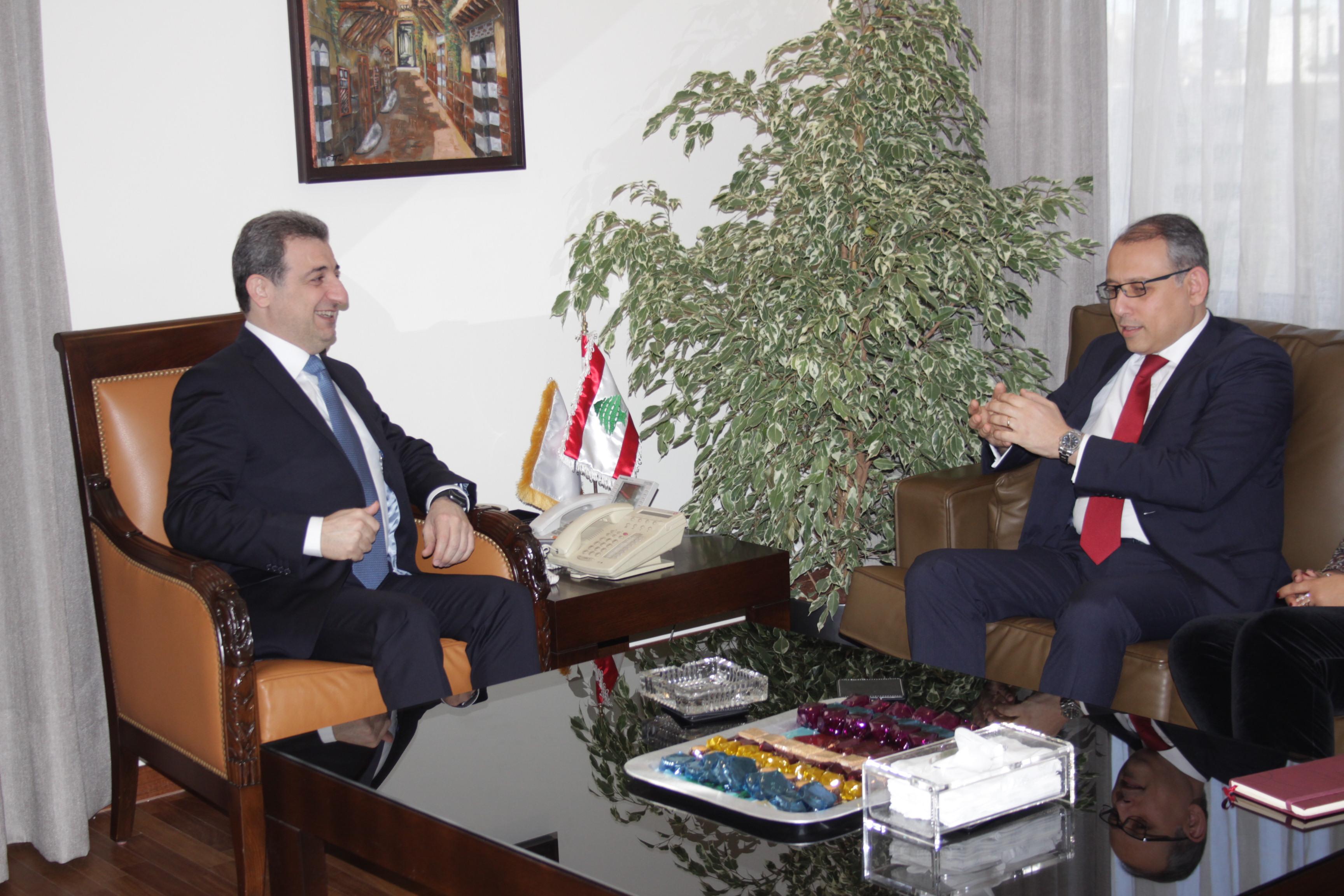 الوزير ابو فاعور مع سفير مصر