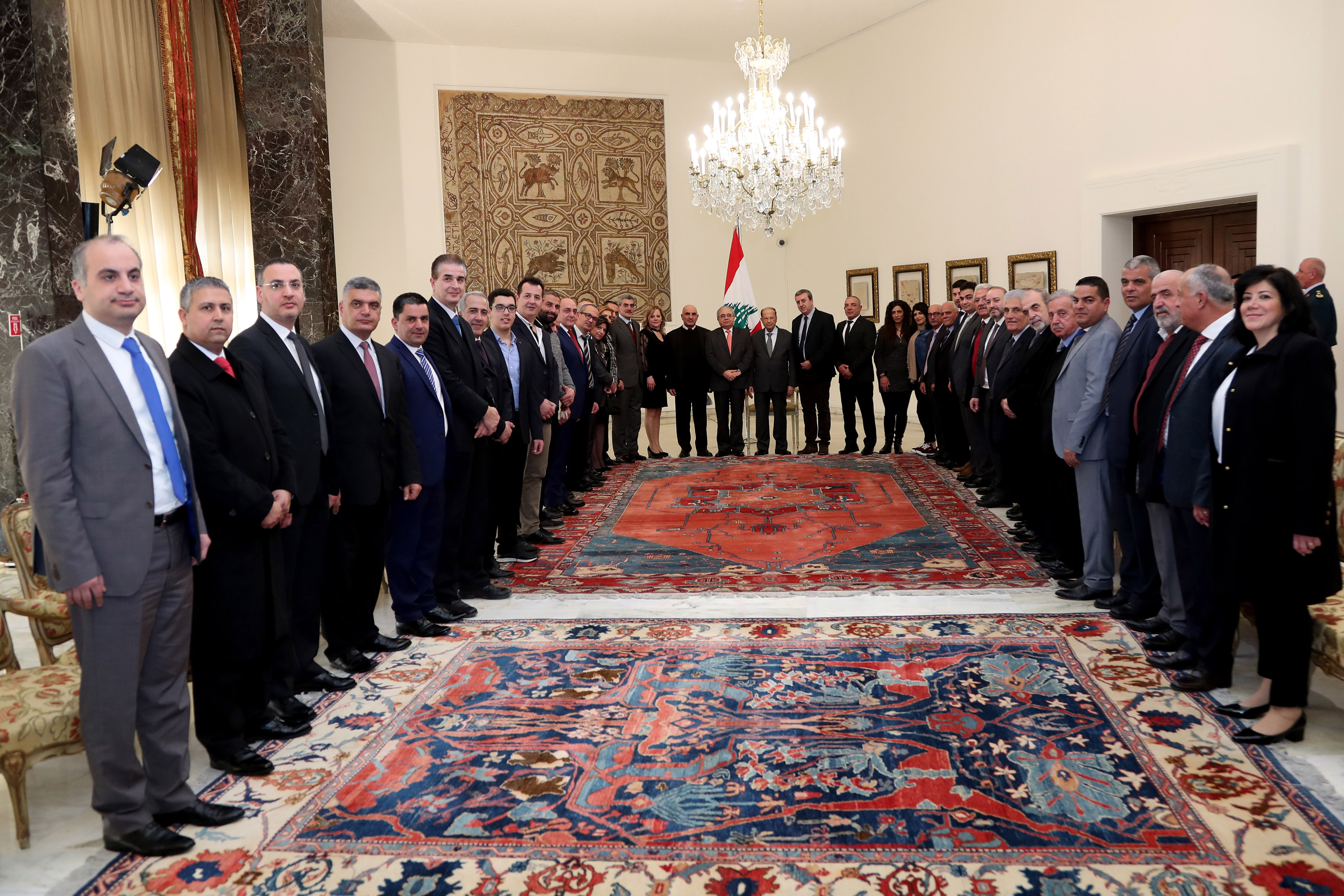 6 -MP Mario Aoun with a delegation (2)