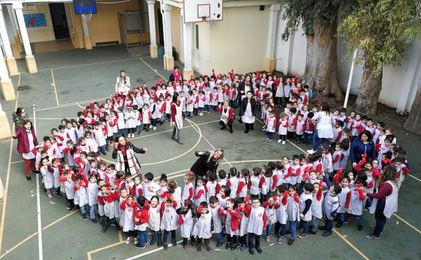 The school of Besançon beirut organizes a fundraising activity to finance the school charity box