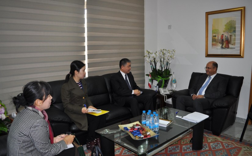 Minister Hassan Lakis Meets Chinese Ambassador