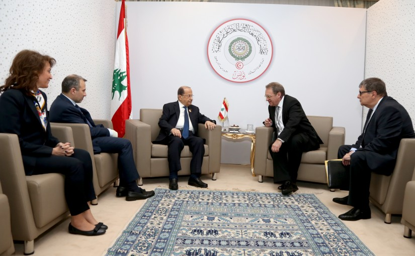 President Michel Aoun meets  Michael Bogdanov.