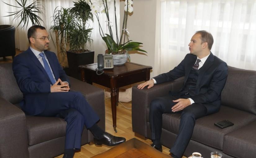 Minister Mouhamad Daoud Daoud meets Mr Bachir Khoder