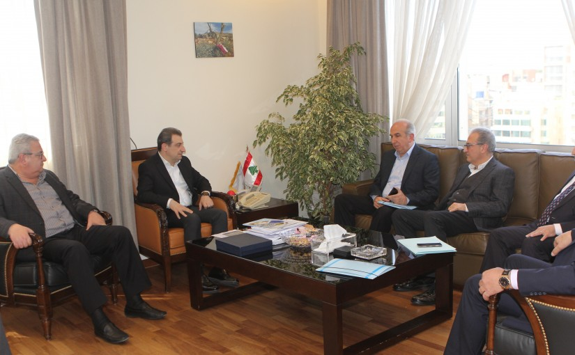 Minister Wael abou Faour meets a Delegation from el Metnien Municipality