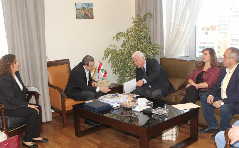 Minister Wael Abou Faour meets Former Minister Bechara Merhej with a Delegation