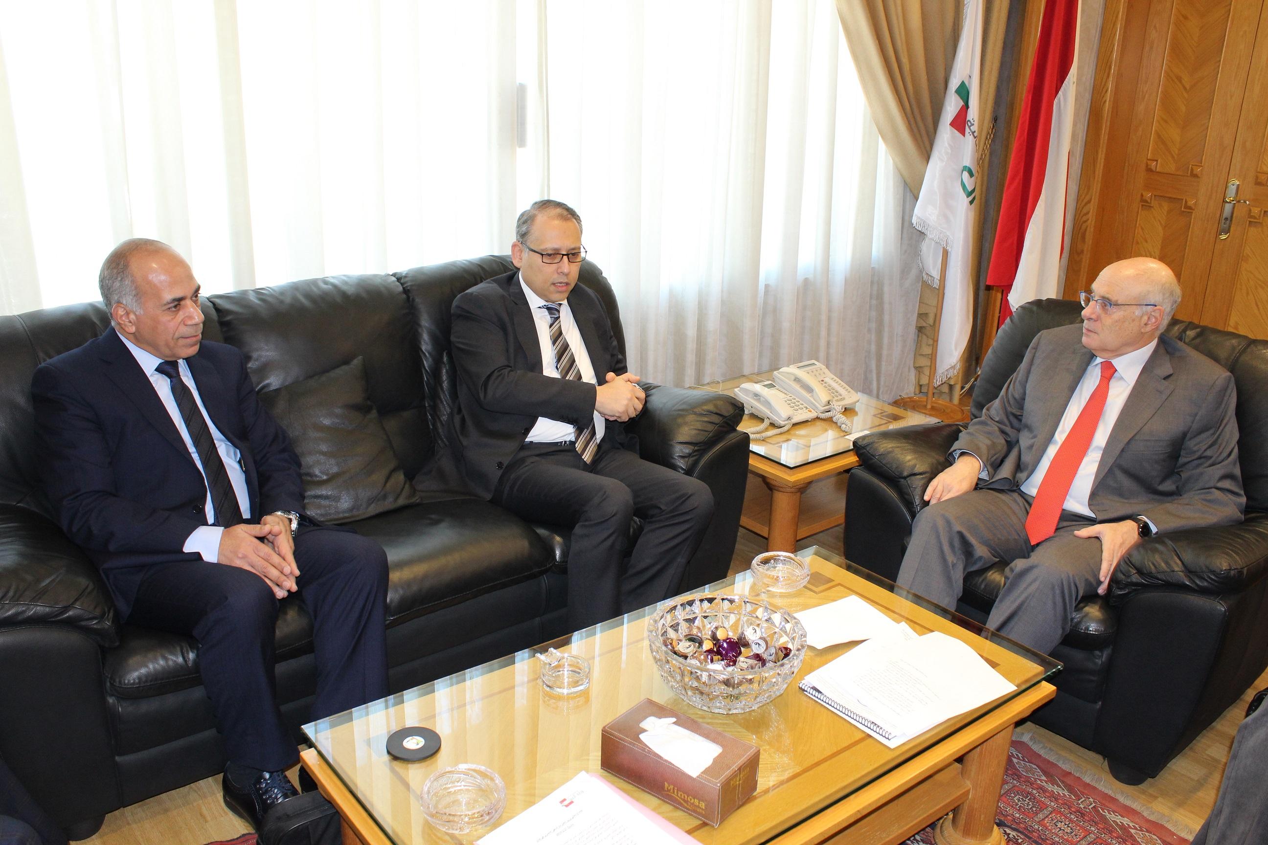 مع السفير المصري