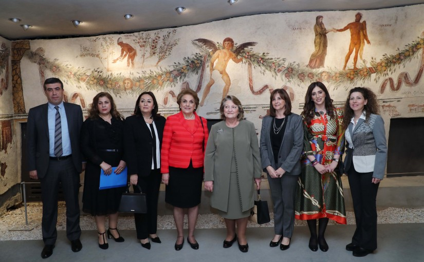 The First Lady Ms. Nadia Aoun accompanied Mrs. Vlassia Pavlopoulou Visited  the National Museum.