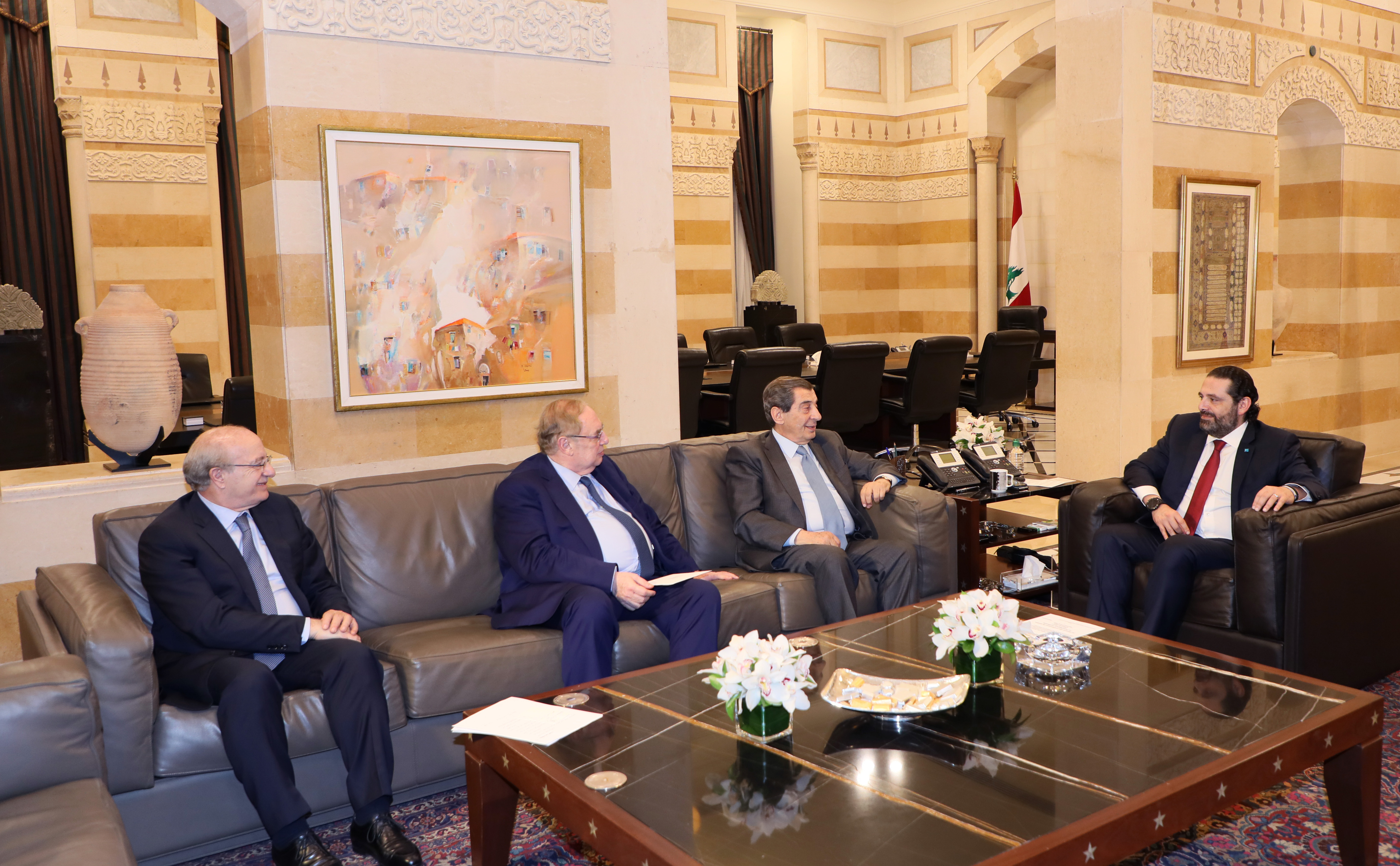 Pr Minister Saad Hariri meets MP Elie Ferezli with a Delegation
