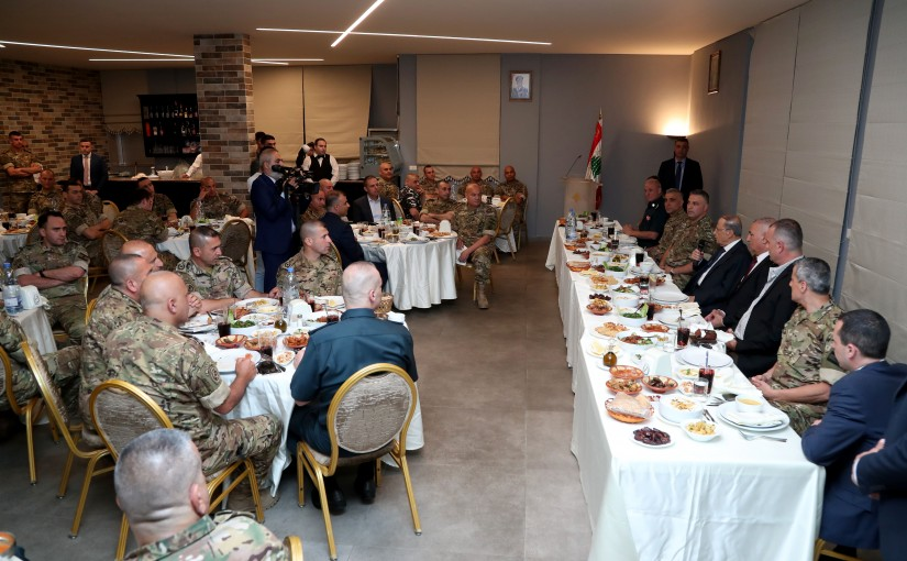 President Michel Aoun participates in the Iftar of officers of the Republican Guard Brigade.