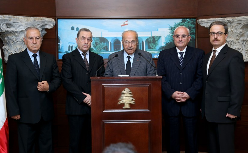 President Michel Aoun meets Delegation of the Association of Veterans of Armed Forces