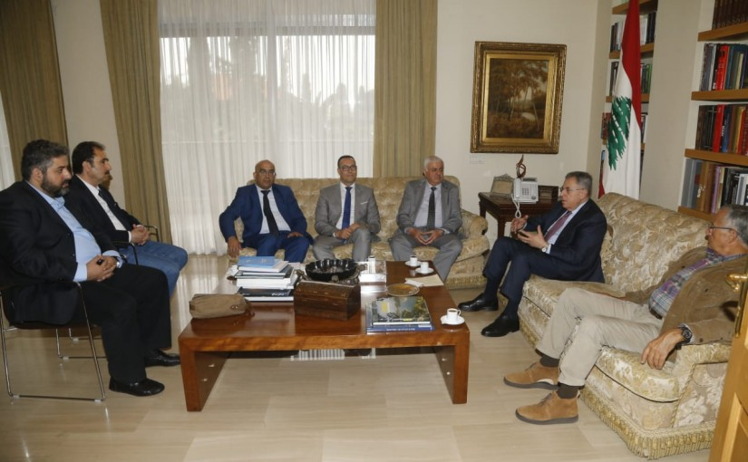 Former Pr Minister Fouad Siniora meets a Arab Delegation
