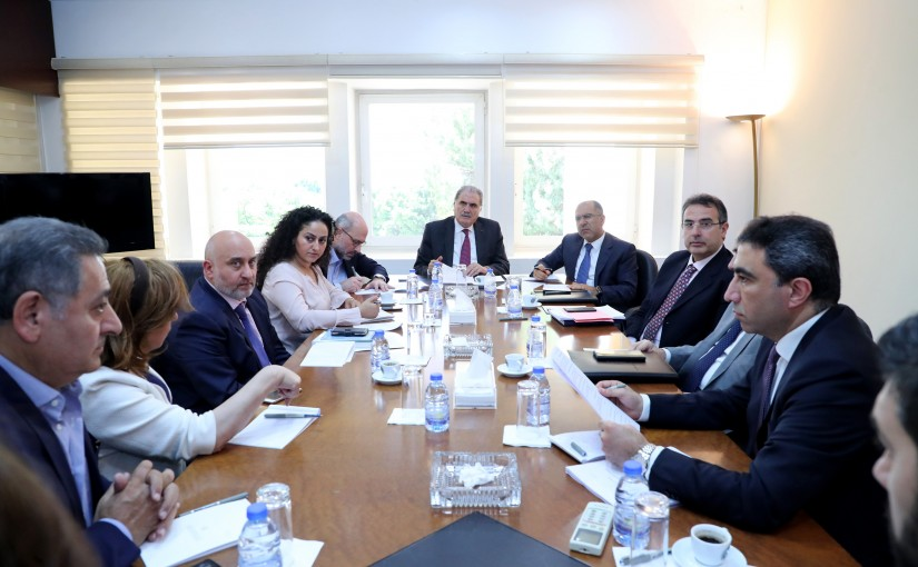 Minister Salim Jereysati meets a delegation of  Follow – up decisions of the Beirut Economic  Summit