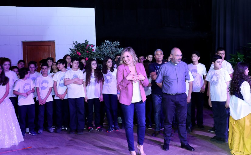 "Mrs. Claudine Aoun Roukoz During an educational meeting entitled ""Express your humanity because it is your identity"" with middle and high school students at the Antonine International School."