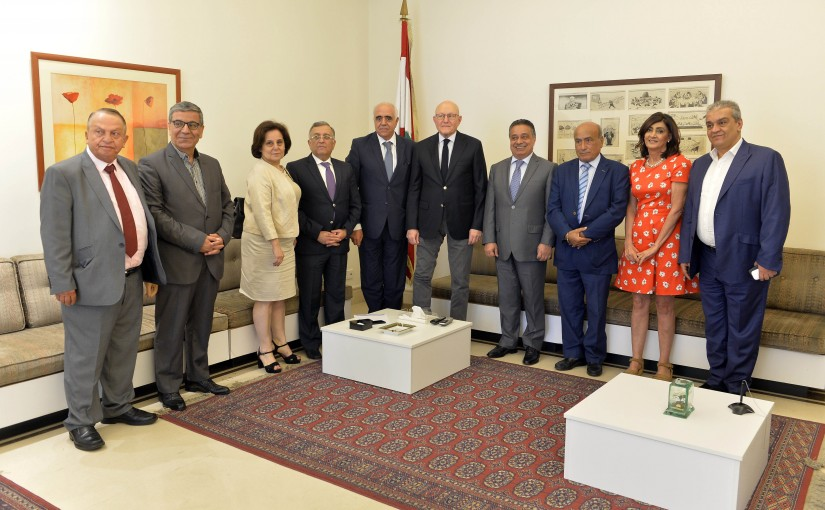 Former Pr Minister Tammam Salam meets a Delegation  from Syndicate of Editors