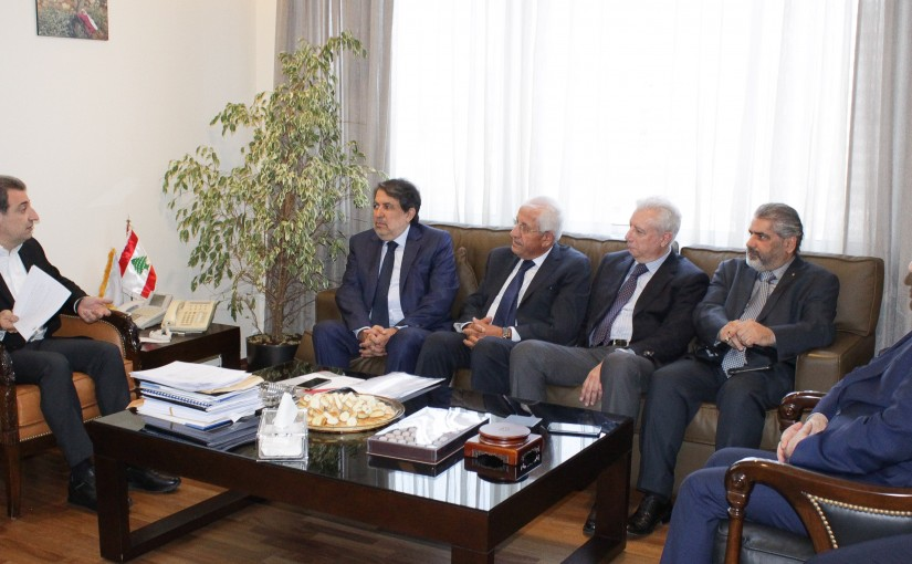 Minister Wael Abou Faour meets a Delegation of Cloth Factory Syndicate