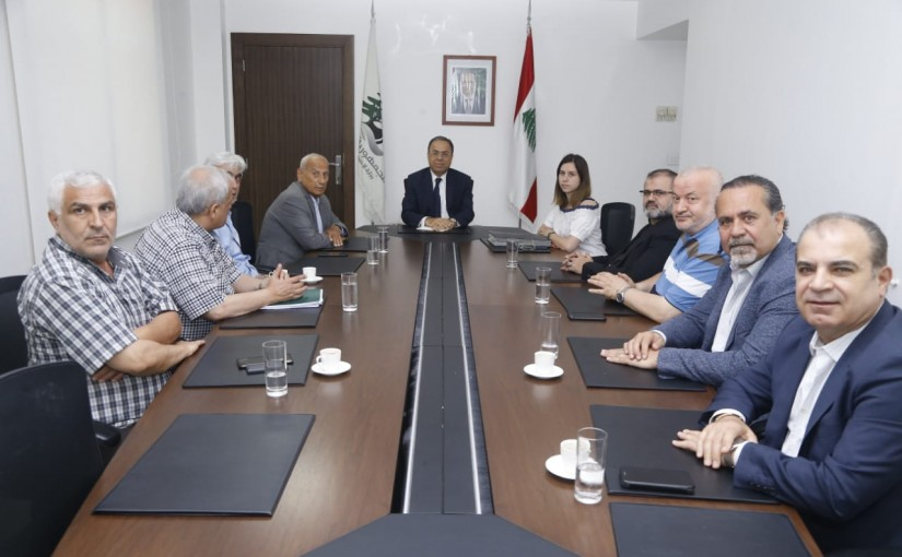 Minister Mansour Bteich meets a Delegation from Bakery Syndicate