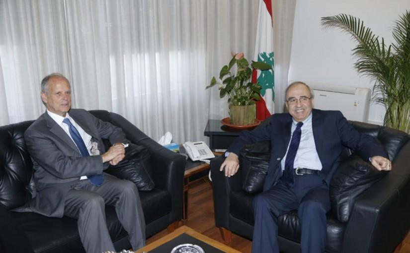 Minister Albert Serhan meets a Suisse Delegation