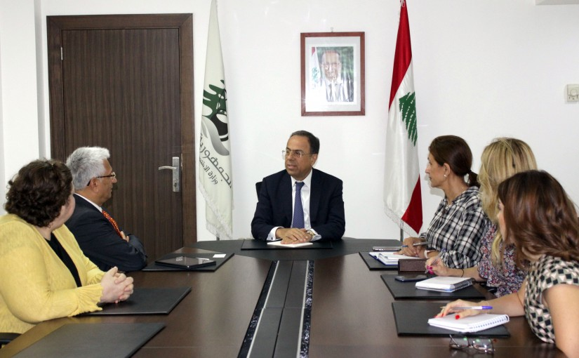 Minister Mansour Bteich meets a Delegation from World bank
