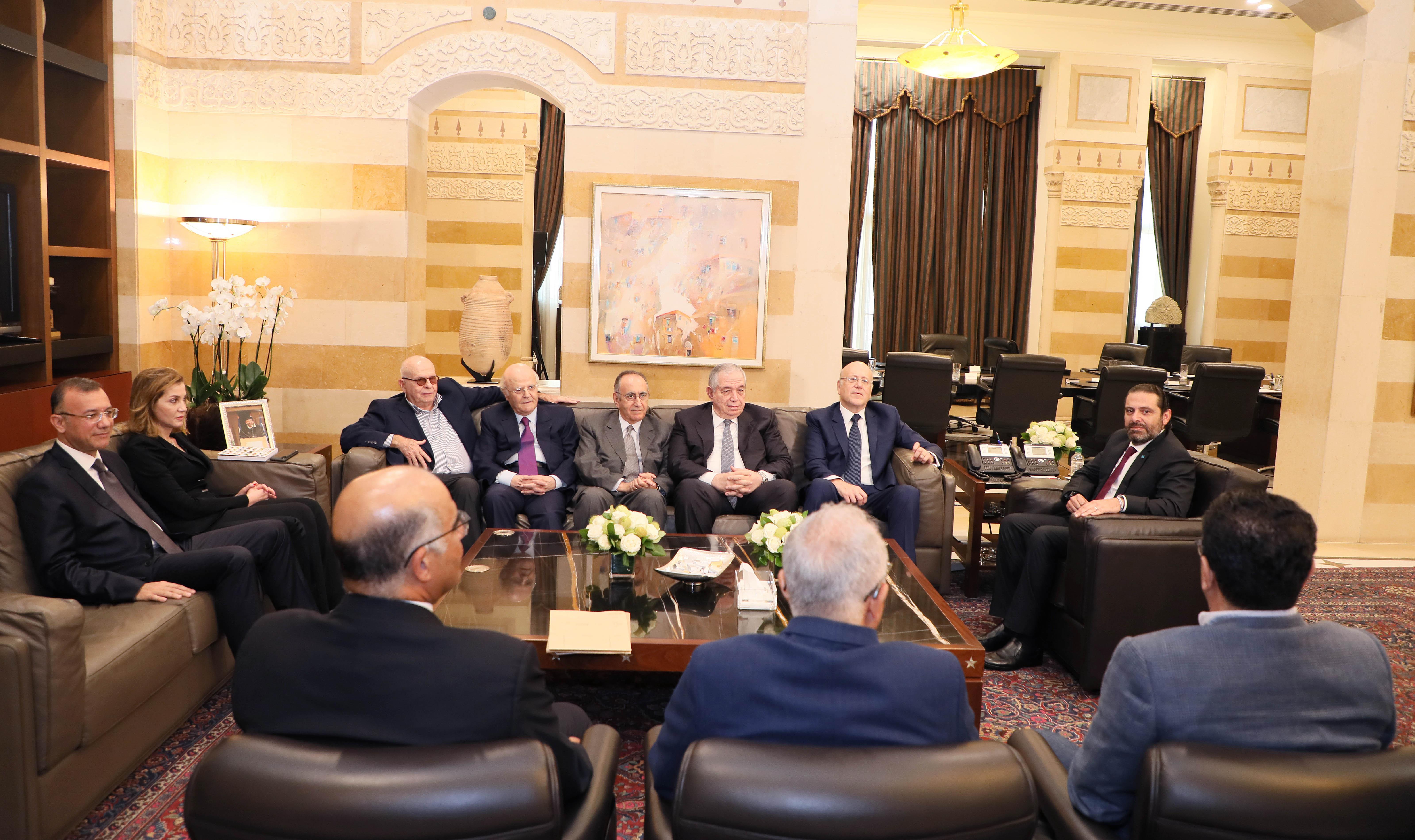 Pr Minister Saad Hariri meets Former Pr Minister Najib Mikati with a Delegation