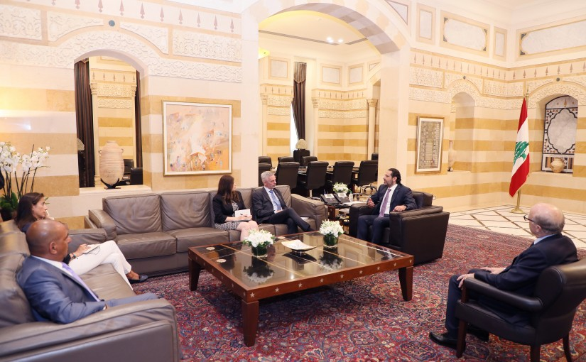 Pr Minister Saad Hariri meets a Delegation from Red Cross