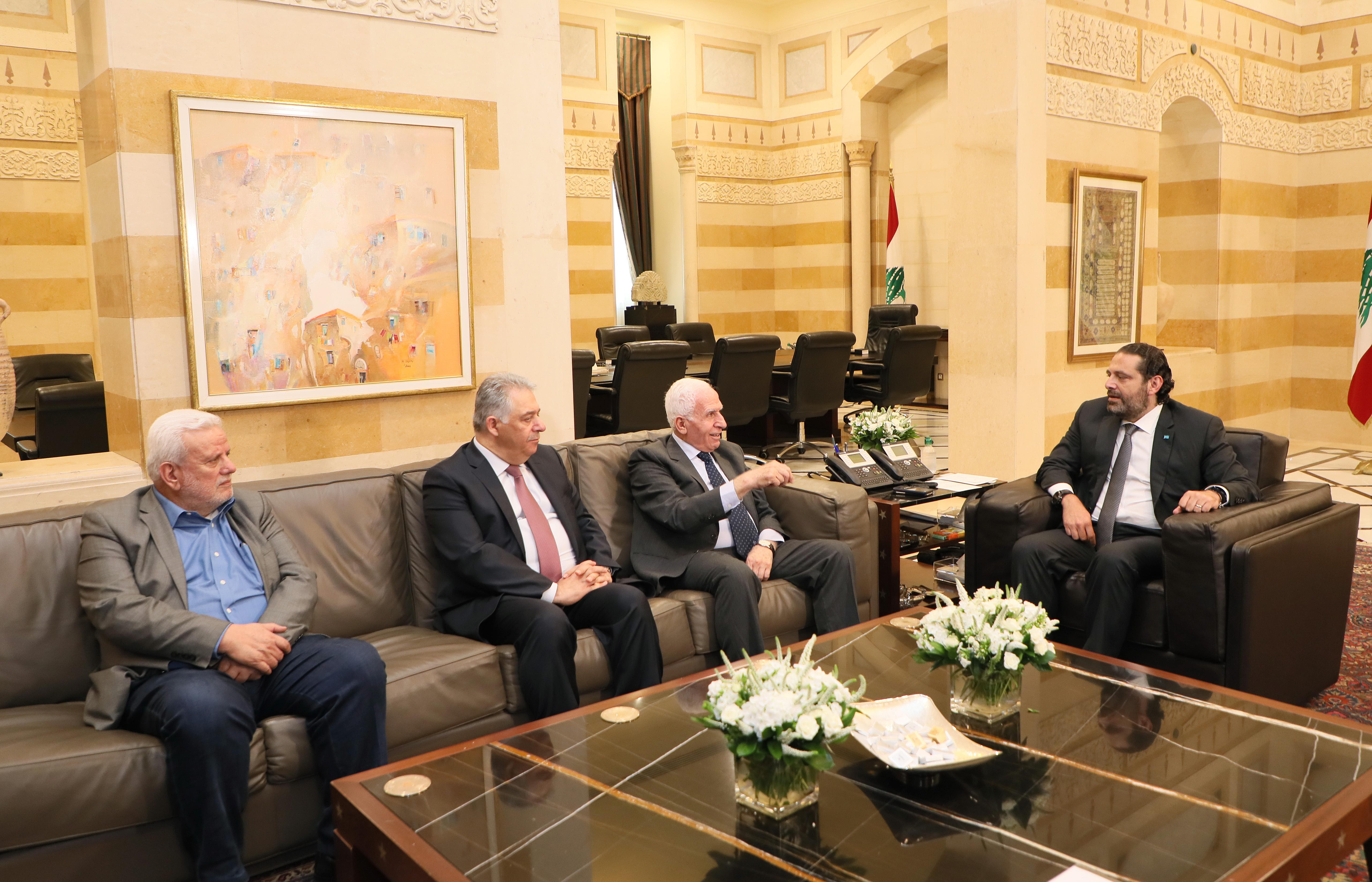 Pr Minister Saad Hariri meets a Palestinian Delegation 1