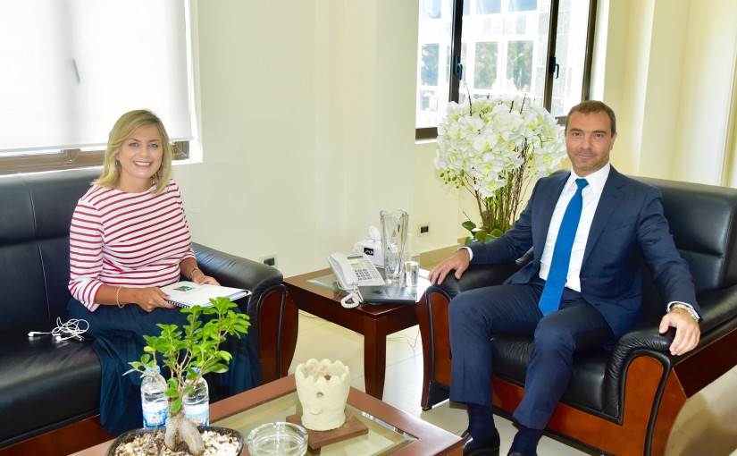 Minister Adel Afyouni meets Mrs. Claudine Aoun