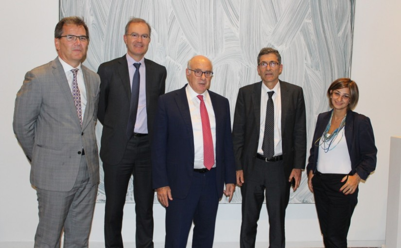 Minister Kamil Abou Sleiman Meets a Delegation from the World Bank