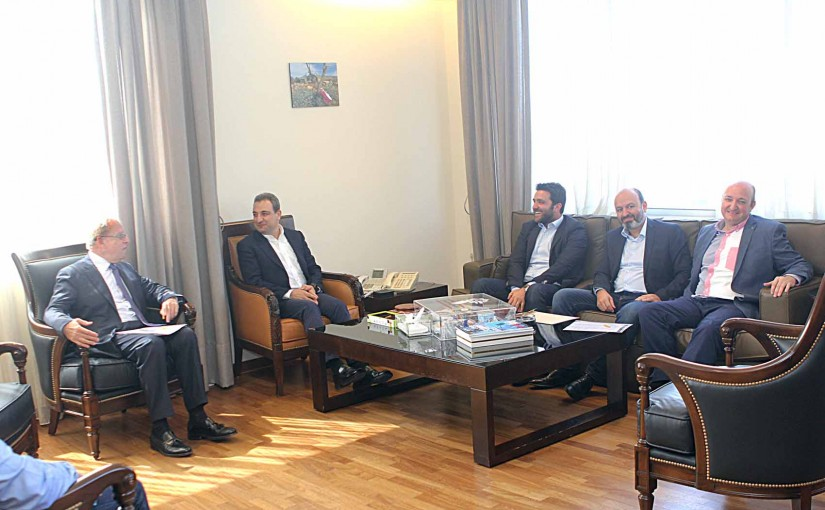 Minister Wael Abou Faour meets a Delegation from Wine Syndicate