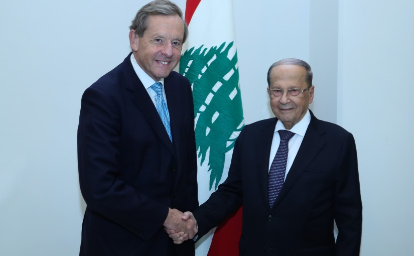 President Michel Aoun Meets British Trade Envoy Lord Richard Risby