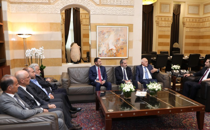 Pr Minister Saad Hariri meets a Delegation from Gaz Oil Syndicate