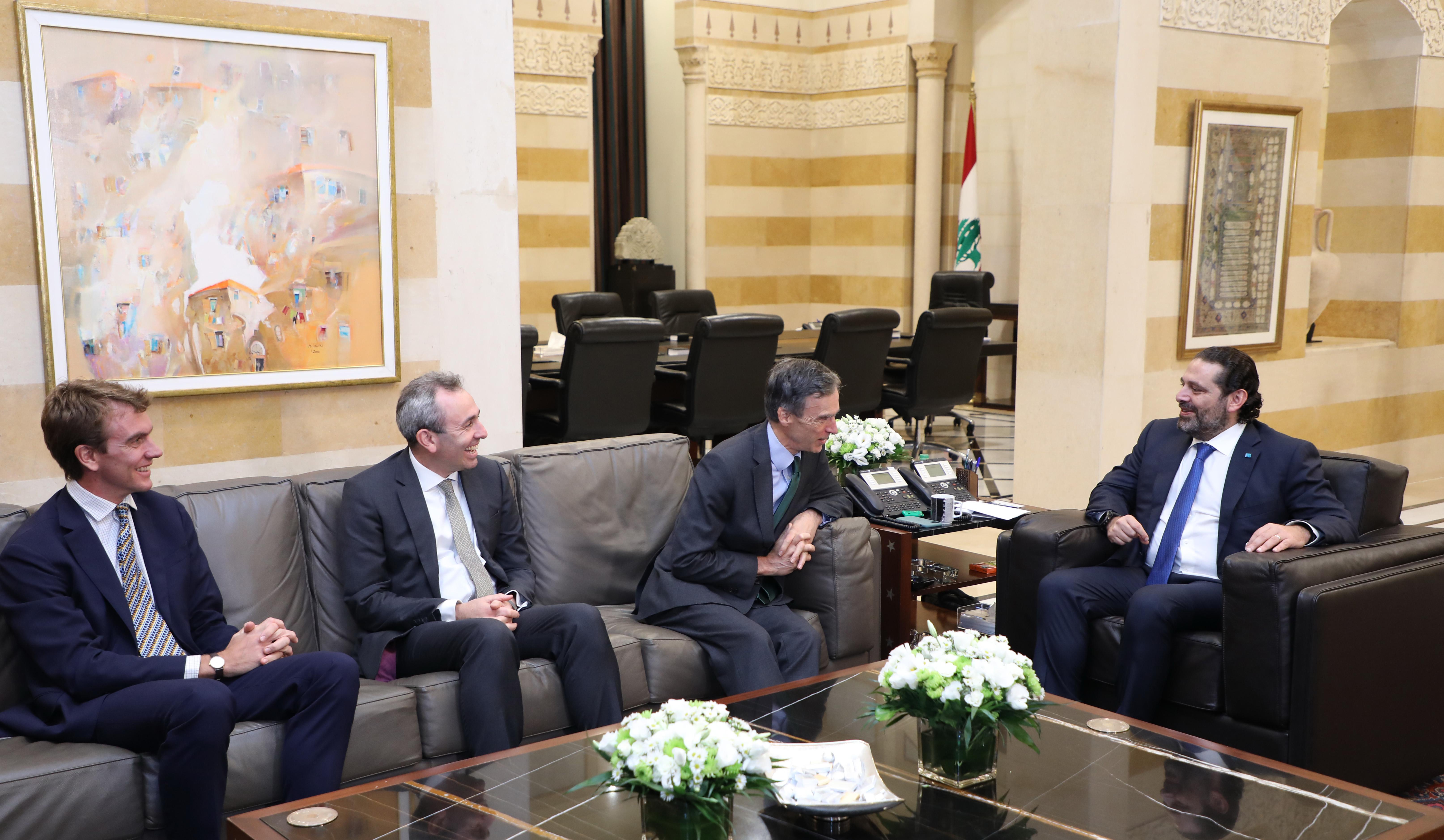 Pr Minister Saad Hariri meets a British Delegation 1