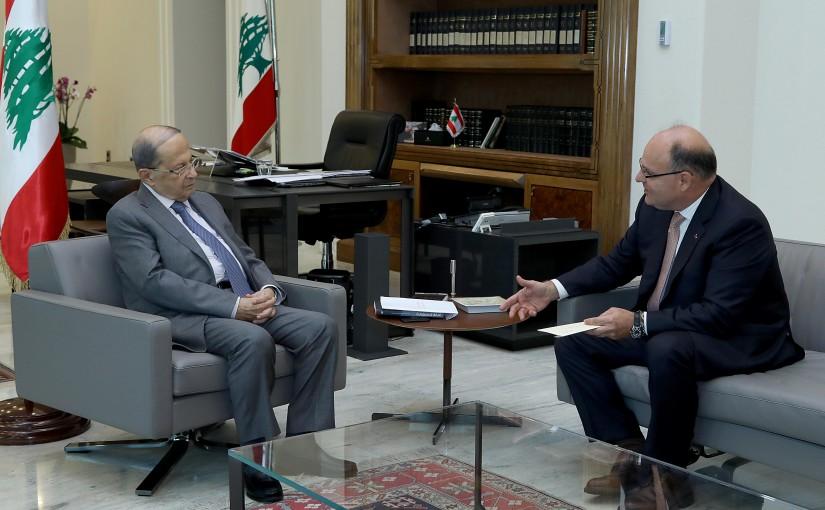 President Michel Aoun meets Former Minister Jean Louis Kordahi.
