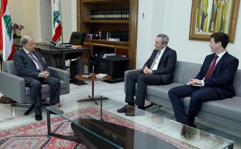 President Michel Aoun meets British Ambassador Chris Rampling.