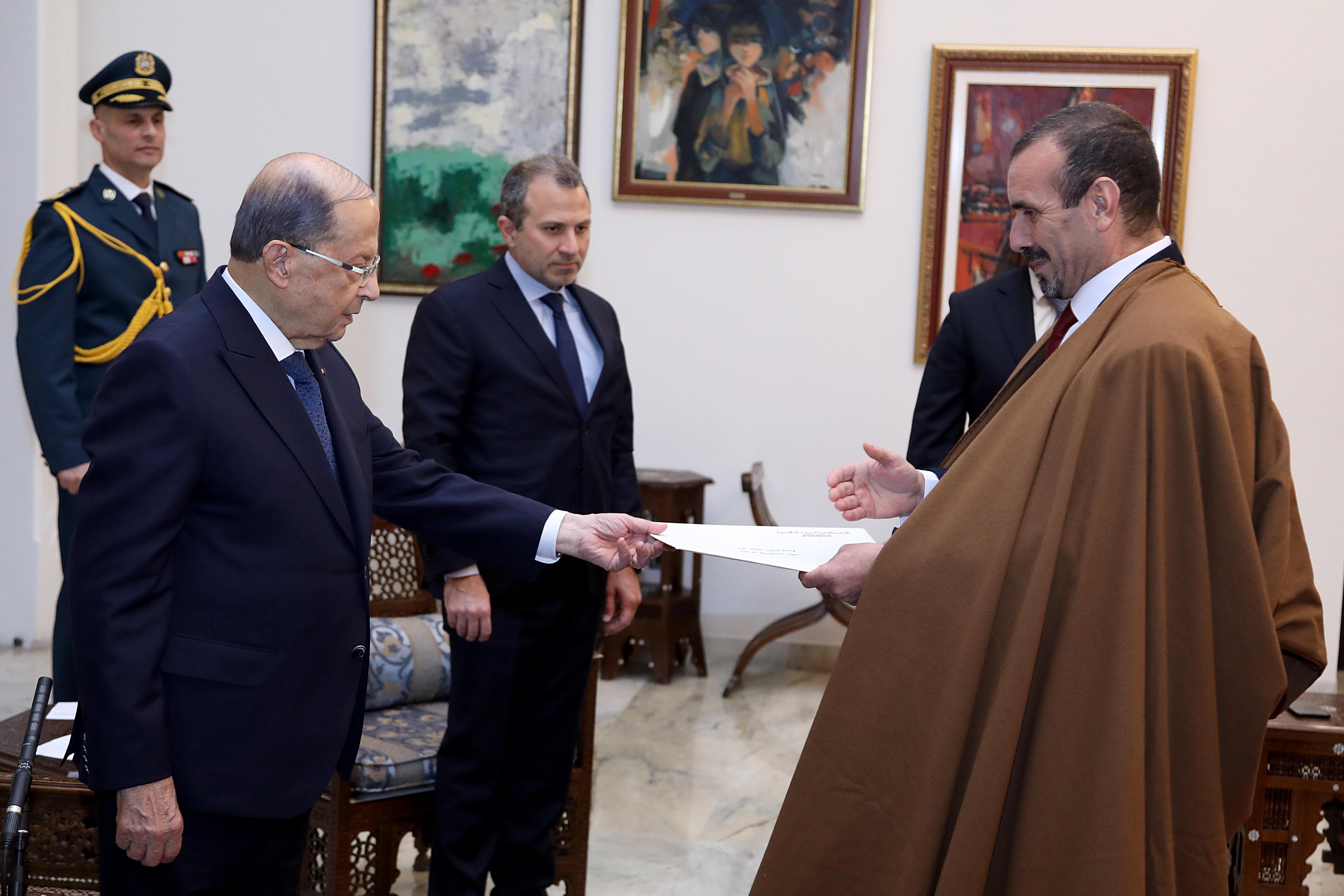 6 -People's Democrat Republic of Algeria Abed Karim Rikayib