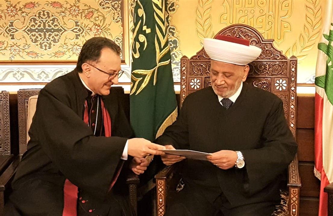 المفتي دريان مع السفير البابوي في لبنان 9-1-2020م