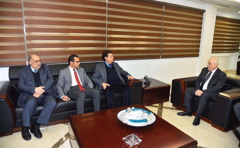 Minister Jamil Jabbak meets a Delegation from Hospital Syndicate